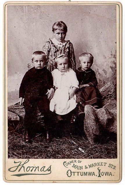 Ottumwa Iowa Antique Cabinet Card Photograph Light Haired Children Thomas Photographer