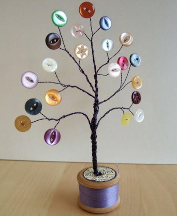Interessante handgemachte kindische Ornamente