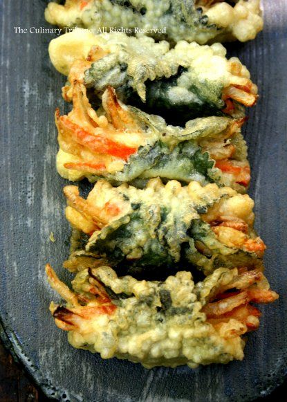 Tempura veggie rolls -- the recipe is in Japanese, but I can have it translated because these look like I dreamt them up for myself, delicious...