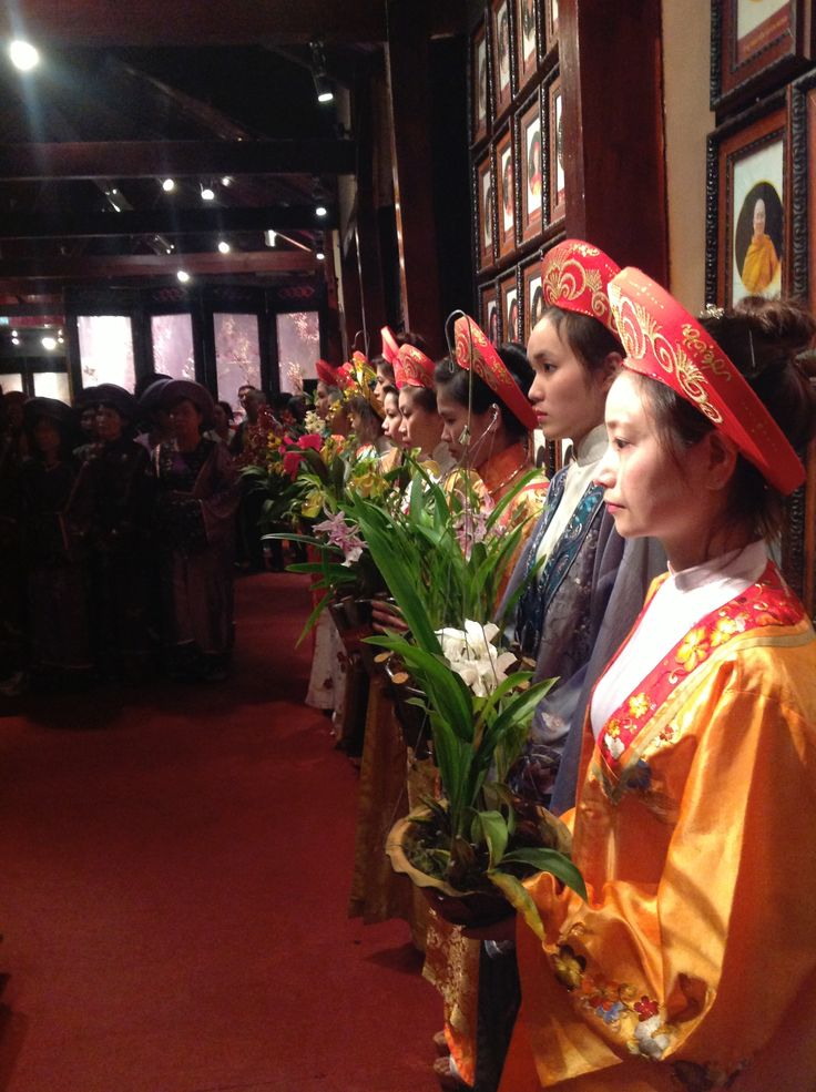 VietNam Friendship's Day (13 December of every year ),XQ Flower's  Museum.