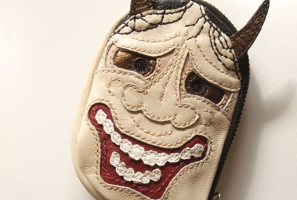 """能面「レザー小銭入れ """"能面マメポ""""」 http://www.creema.jp/exhibits/show/id/153936"""