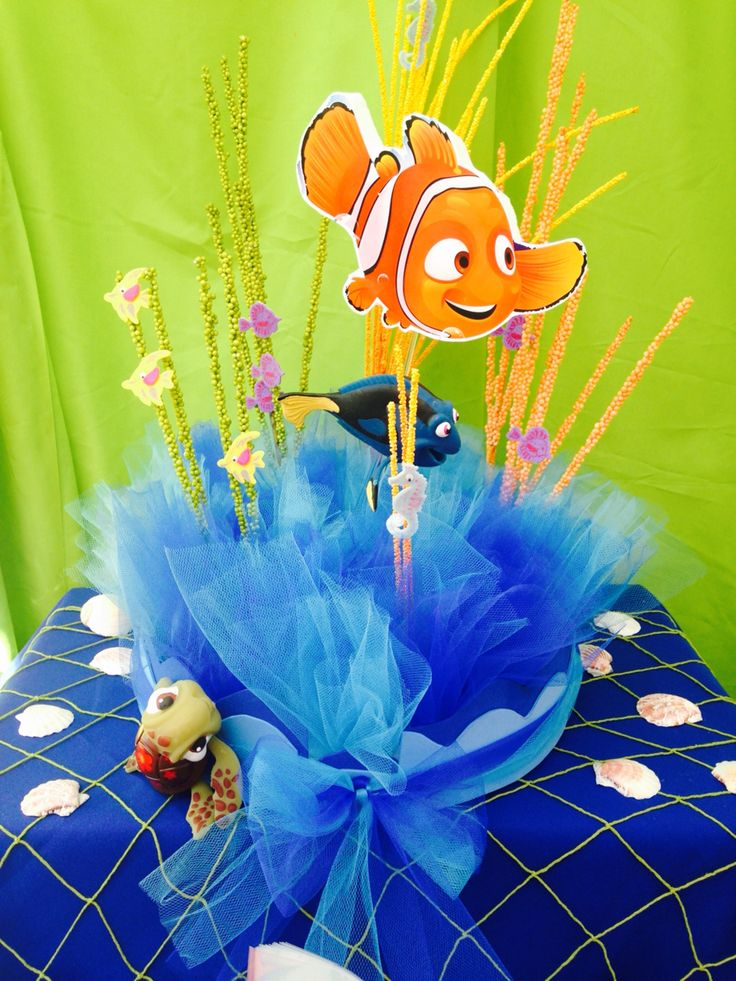 Nemo candy table decorations finding nemo fish tail 39 s for Nemo decorations