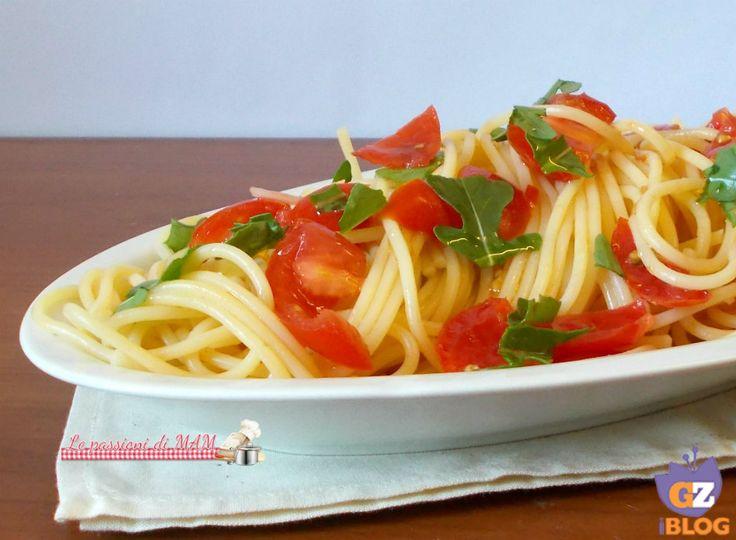 Spaghetti con pomodori freschi