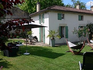 Cottage rental in Flaujagues, Nr. Castillon La Bataille, Gironde, Aquitaine, France. FR2637