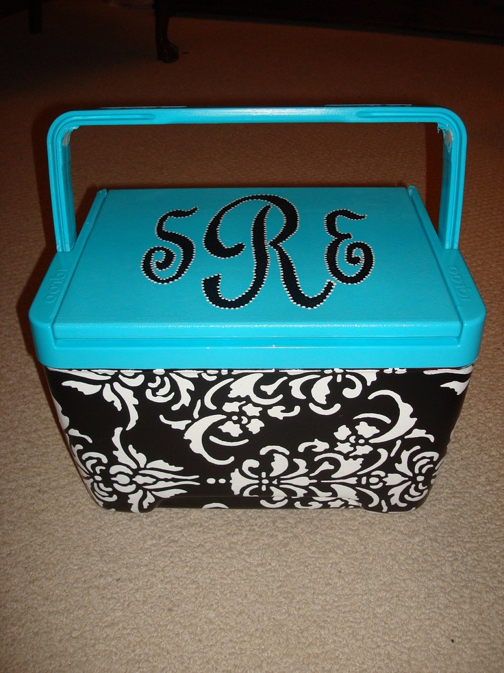 So fun! I really want to paint on my ice chest like this!