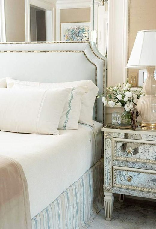 Nailhead Trim upholstered Headboards   For online stores that sell nailhead trim kits, here are a few sources!  Ben Franklin, Beacon Fabric, Amazon, and Perfect Fit and http://www.profhdwr.com/25218U.htm.
