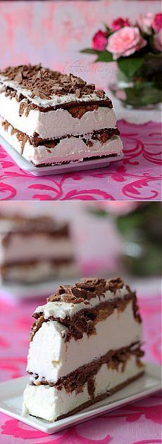 Творожно сливочный торт с хрустящей прослойкой (без выпечки).