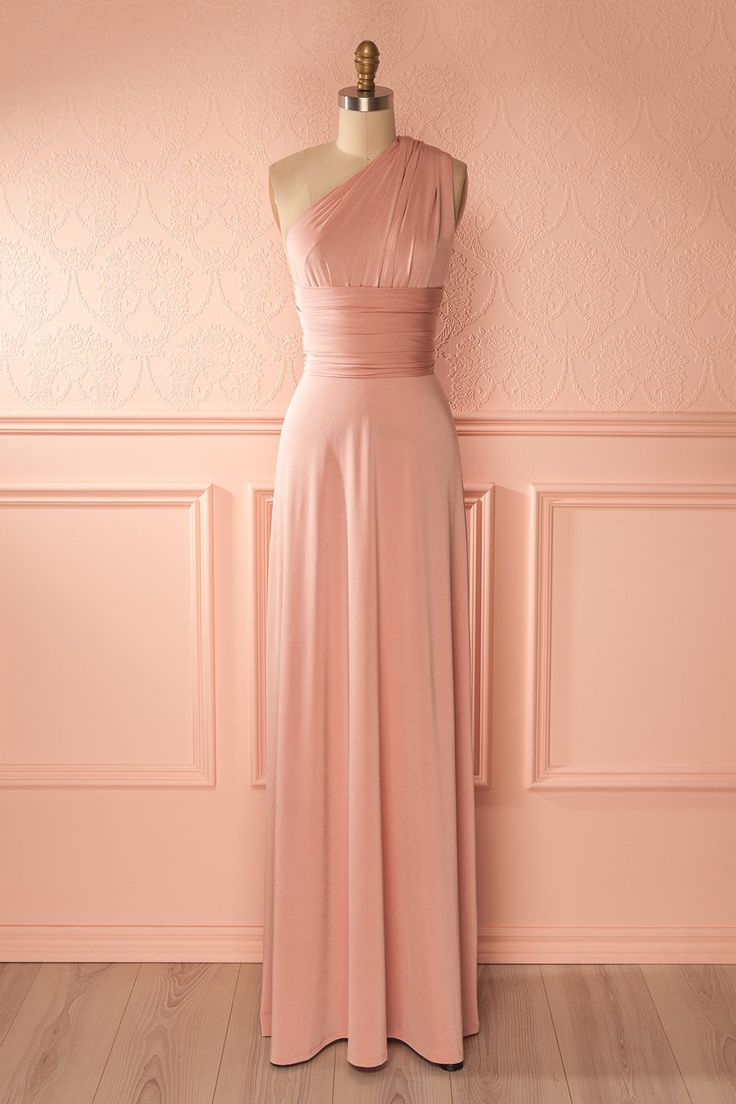 Nela Rose from Boutique 1861