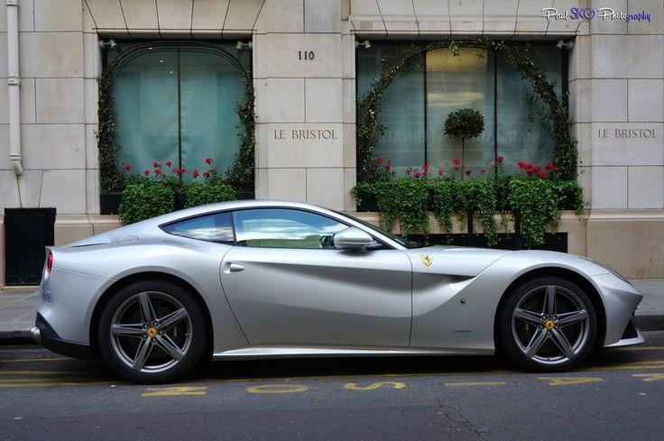 #Ferrari F12berlinetta