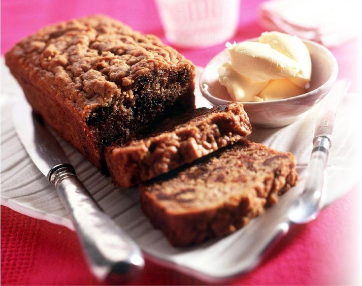 Deze cake is niet suikervrij aangezien het natuurlijke fruitsuikers bevat, maar er is geen extra suiker toegevoegd. Voor de afvalrekenaars: één plak bevat 9 g vet en 15 g koolhydraten, goed voor 146 kilocalorieën.