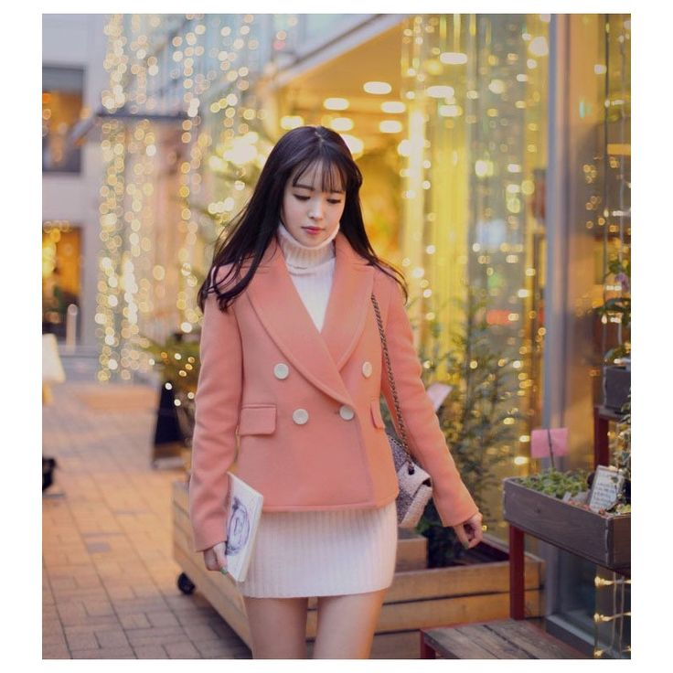 Winter Soft Pink Coat JK366 Model  74016 Condition  New   Material - Wool Bust - 94cm - Open Sleeve - 54cm Length - 59cm 610grams   retail IDR298.000reseller IDR223.500wholesaller IDR186.250
