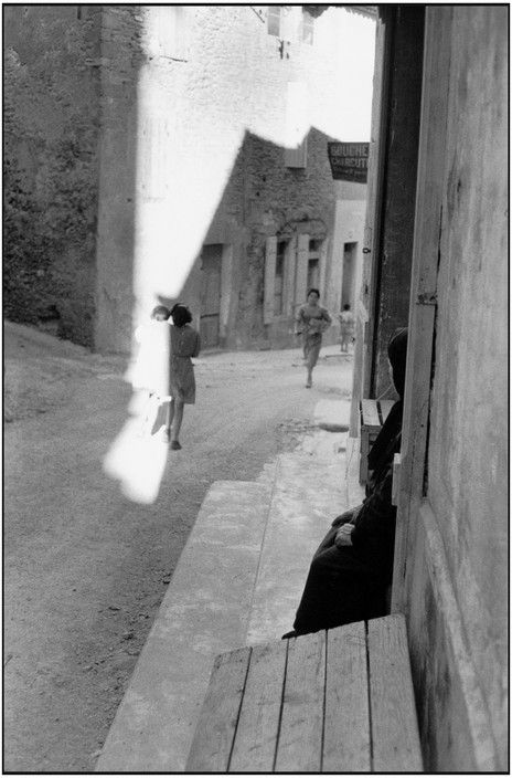 Magnum Photos - Henri Cartier-Bresson // 1959. Bouches-du-Rhône. Tarascon.