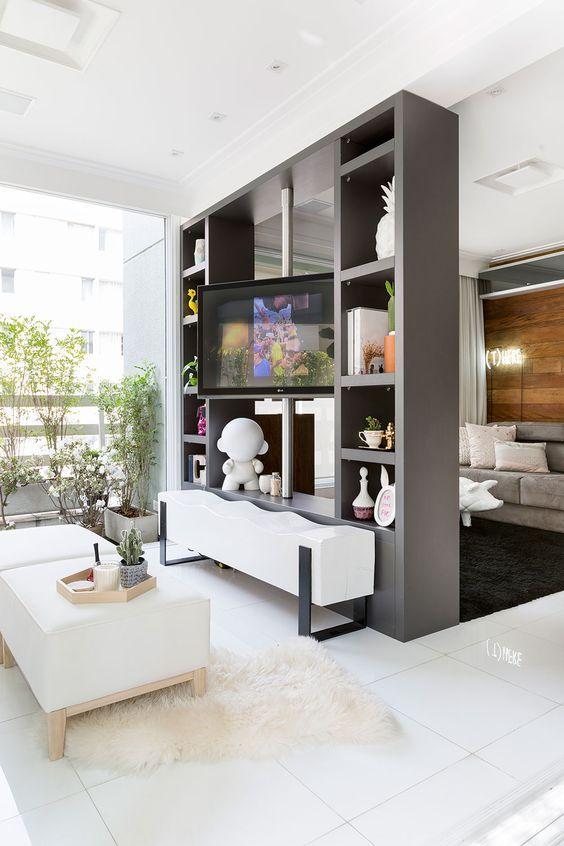 Las 25 mejores ideas sobre cortinas para puertas en - Estanteria separar ambientes ...