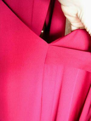 Couture et Tricot: 2011#30 – The crimson dress – O vestido carmesim