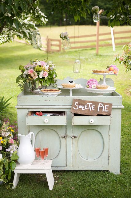 love the idea of shabby chic furniture outside