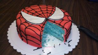 Wright Designs: Spiderman Cake