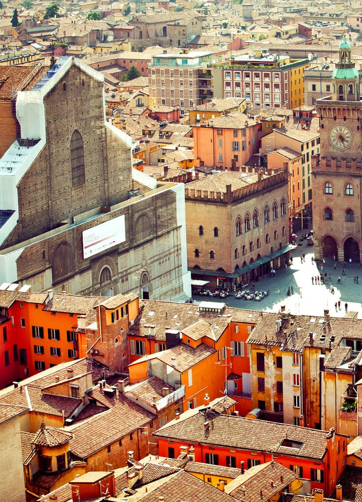 Bologna vista from Asinelli tower | 45 Reasons why Italy is One of the most Visited Countries in the World