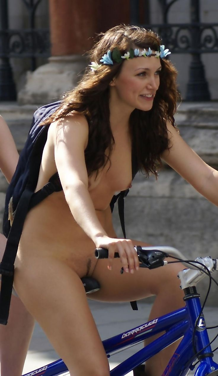 Tumblr Bike Naked Woman-2805