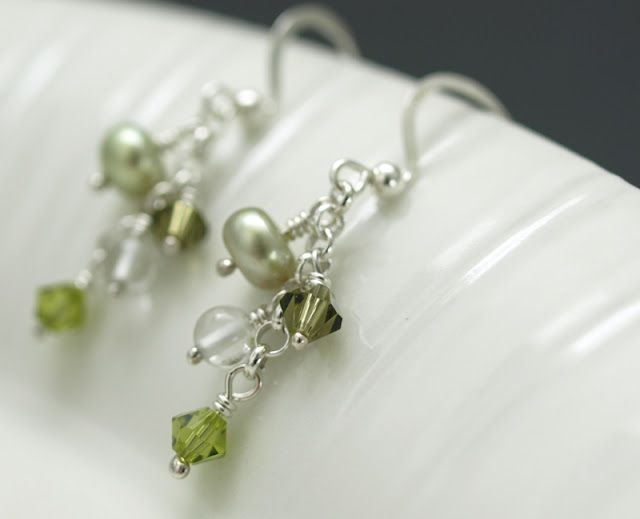 a crimp bead to connect jump rings..hm..wonder how they'd hold up though, since they aren't really made to be connectors. Cute earrings though!
