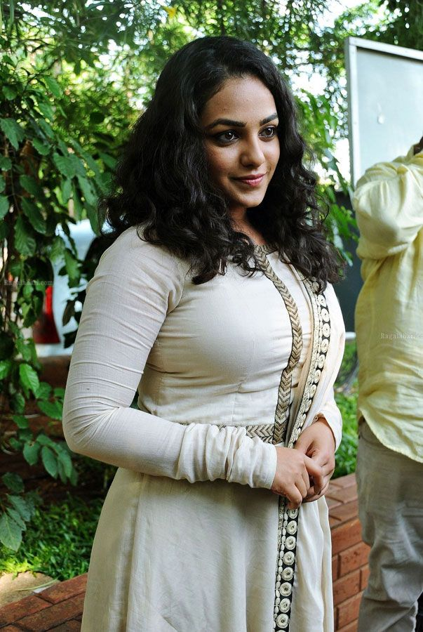 Hot And Sexy Bollywood South Movies Tempting Indian Famous Tv Model Actress Unseen Nitya Menon Cute Beautiful Photos And Wallpapers With N