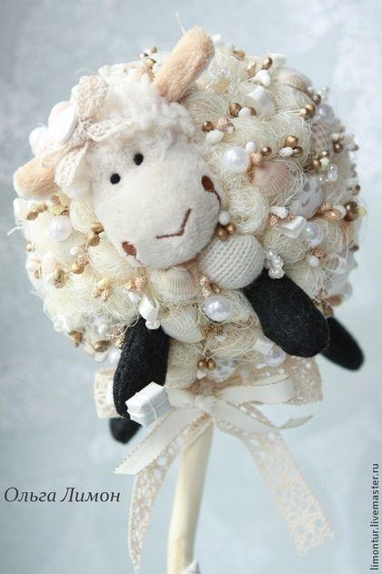 """Топиарий """"Долли"""" - золотой,символ 2015 года,символ года,овца,овечка,овечка текстильная"""