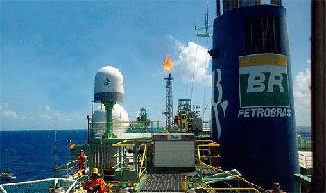 """Banco de Desenvolvimento da China concede empréstimo (1500 milhões de dólares) à Petrobras do Brasil. """"Com a recepção deste novo montante, o grupo Petrobras já contraiu este ano empréstimos junto do Banco de Desenvolvimento da China no montante de 5 mil milhões de dólares, ao abrigo do acordo de cooperação bilateral para os anos 2015 e 2016."""""""
