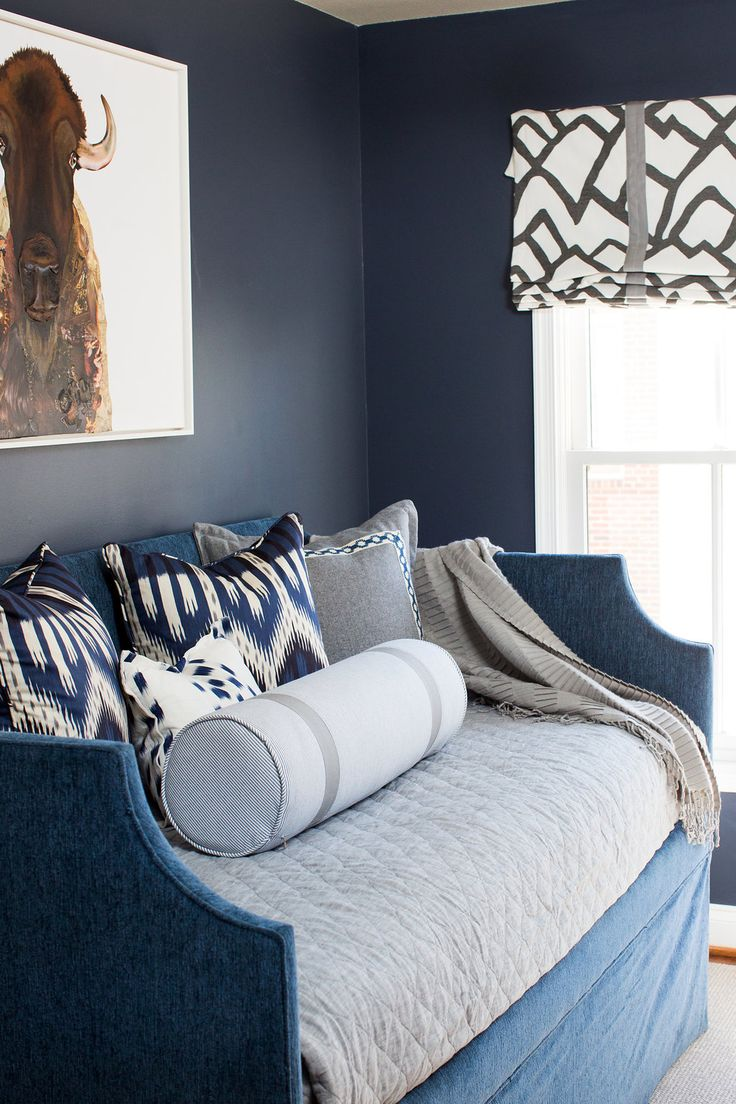 navy blue bedroom 1000 ideas about navy blue bedrooms on blue 12683