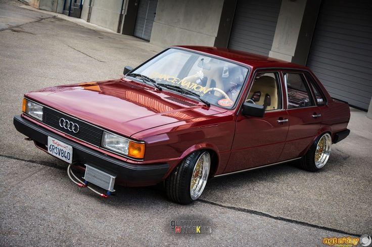 Manche Begegnungen finden eher zufällig statt. So wie diese mit dem Stanced Audi 80 Typ 81 von Patrick Tirschner aus Mittelfranken. Im Rahmen meiner alltäg