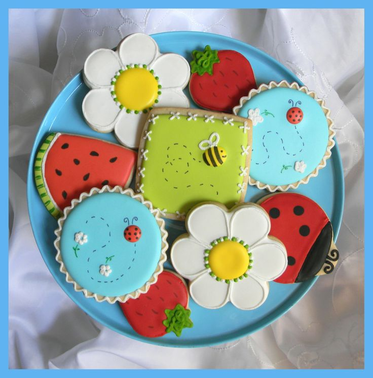 Summer Cookies  http://www.facebook.com/photo.php?fbid=10150257696556793=a.292778421792.152398.292593026792=3