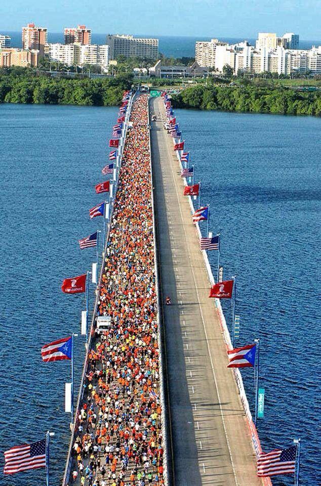 Puente Teodoro Moscoso q une a Rio Piedras con Carolina.  Puerto Rico