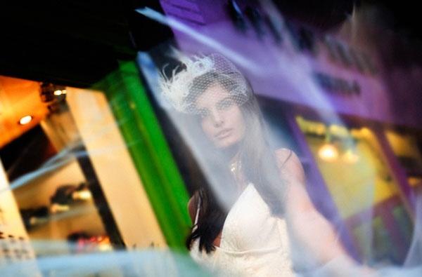 Véu gaiola com plumas. #casamento