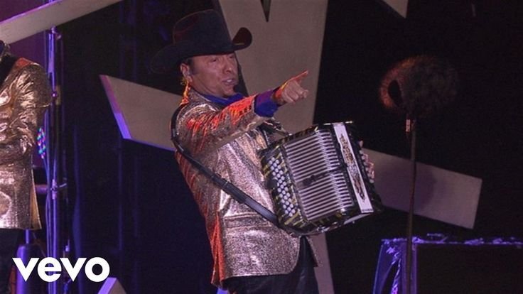Los Tigres Del Norte - La Reina Del Sur (En Vivo) - YouTube I hope to see them live one day. They're the best of the best out there in the corrido genre. Old school music.