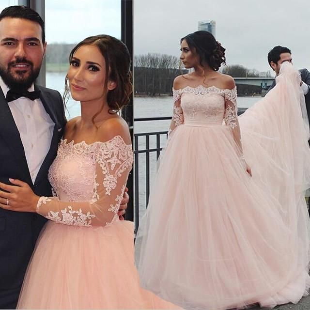 2016 New Vintage Blush Pink Wedding Dresses Off Shoulder Long Sleeves Lace Appliques A Line Chapel Train Tulle Garden Plus Size Bridal Gowns Wedding Dresses Usa Wedding Gowns Uk From Kissbridal, $155.29| Dhgate.Com