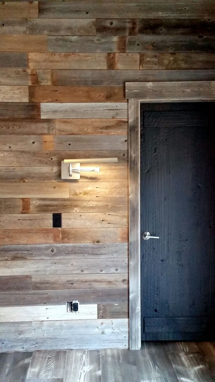 78 images about reclaimed pallet wood walls on pinterest for Reclaimed pallet wood wall