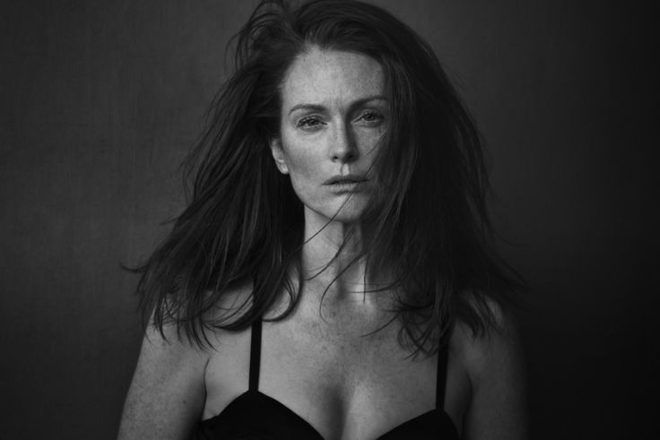 Julianne Moore, photographed by Peter Lindbergh for Pirelli Calendar 2017.