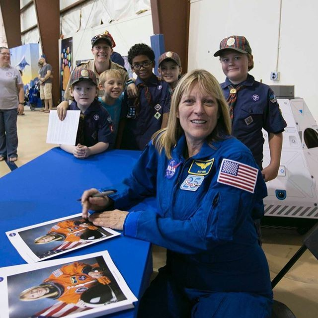 nasa_langley At NASA Langley's Centennial Open House, astronaut Kay Hire spoke to crowds about her experiences in space and signed autographs for Cub Scouts and many others. Read more about Saturday's Open House at the link in our profile. #NASALangley100 NASA Langley Research Center 2017/10/25 02:22:19