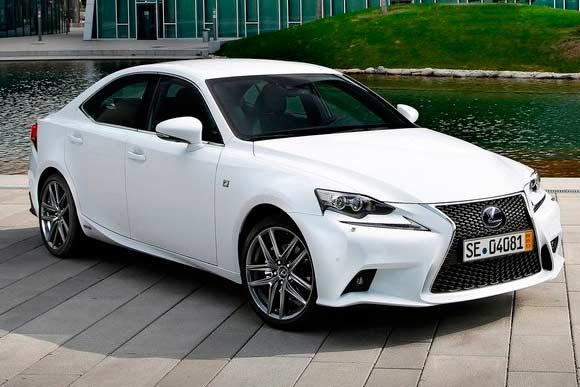 Marcas de luxo, como a Lexus, também sofrem com os airbags
