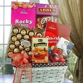 Assorted Chocolates Hamper Delivery In Singapore