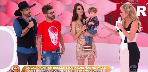 Sertanejo Hudson será pai pela 2ª vez e sabe de notícia na TV #Cantor, #Carreira, #Eliana, #Hoje, #M, #Mundo, #Nome, #Nova, #NovaYork, #Programa, #Sbt, #SegundoFilho, #Tv http://popzone.tv/2016/11/sertanejo-hudson-sera-pai-pela-2a-vez-e-sabe-de-noticia-na-tv.html