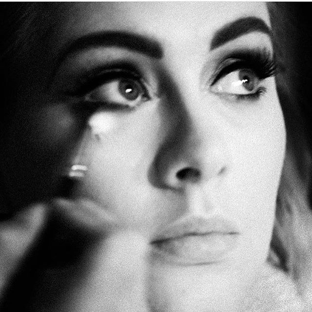 """Feeling like the only person in Melbourne who DIDN'T go to the Adele concert, and really wishing I did. Were you there? Would love to hear your thoughts. I almost hope you'll say she was """"just ok"""", but I suspect not! And on another note, #totalmakeupgoals  📷 pic via @adele"""