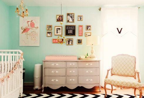 Vintage Nursery: Wall Colors, Idea, Dressers, Colors Schemes, Baby Girls, Baby Rooms, Changing Tables, Girls Nurseries, Girls Rooms