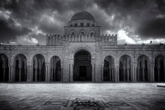Zwart-Wit foto, Afrika, Tunesie, Grote Moskee , Kairouan, Sidi Oqba Moskee , oude gebouwen,  Werelderfgoedlijst, Kunstdruk, architectuur