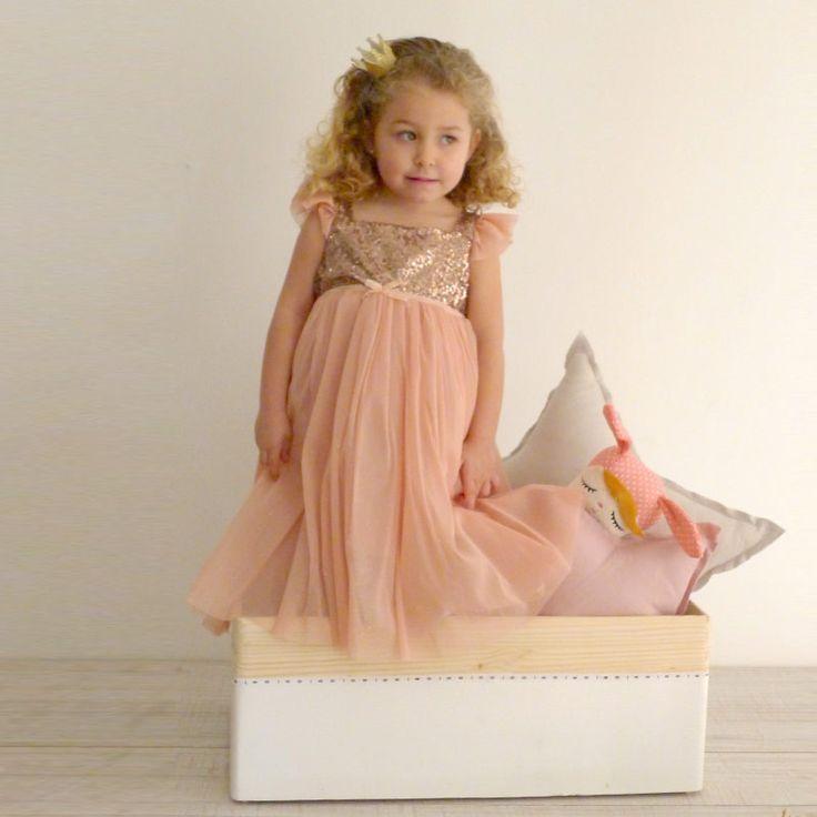17 best images about 15 39 s on pinterest gold shoes - Fiesta de disfraces ideas ...