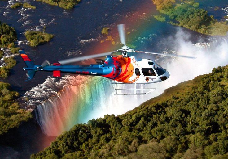 Lot helikopterem nad Wodospadami Wiktorii