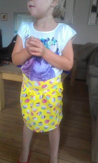 Fin lille nederdel i jersey