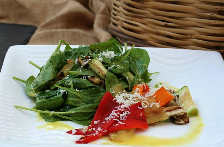 Salad of spinach and grilled vegetables with dry ricotta cheese with dressing of aromatic herbs. Paparouna Wine Restaurant & Cocktail Bar | For this Friday our Chef suggests...