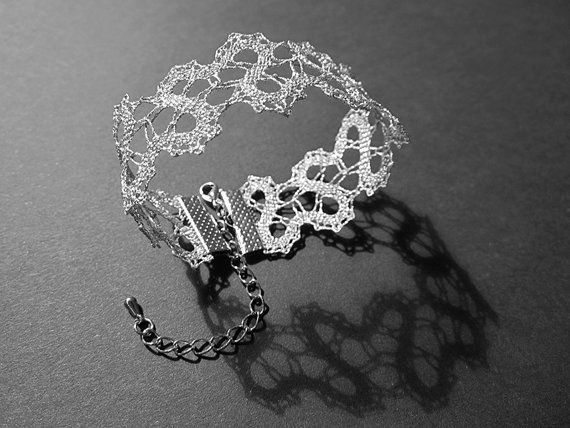 NEW  Primula Lace Bracelet  Heart Motif Spring by TheIdriaLace