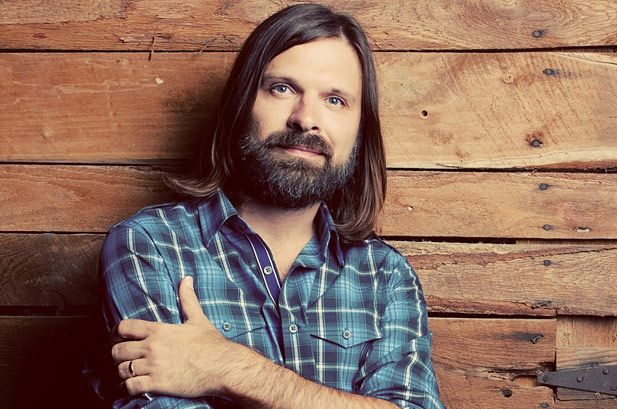 Mac Powell has delighted audiences as a member of the popular Christian rock band Third Day