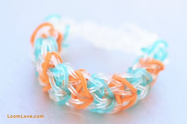 How to Make the Rainbow Loom Delta Wing