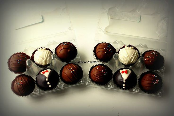 Bride & Groom Cake Truffles/Cake Pops Wedding Favors Gift Boxes, Cupcake Novelties, Winchester VA - Gourmet Cupcakes, Wedding Cakes, Cake Pops, Cookies & Cakes, Edible Cupcake Arrangements, Cupcake Bouquets, Cupcake Gifts, French Macarons & Treats